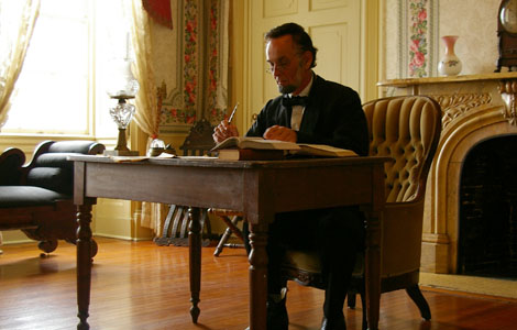 PETERSBURG, VIRGINIA: In a reenactment, President Lincoln kept the White House open to all visitors. Even during the war, anyone could visit the President in his office. (Photo Credit © Wilfried Hauke / Vidicom Media)