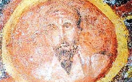 Archaeologists have uncovered a 1,600 year old image of St Paul, the oldest one known of, in a Roman catacomb.