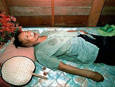 Pol Pot Dead ~ Responsible For 1.7 MIllion Murdered In Cambodia.