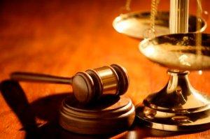 courtgavel-758498