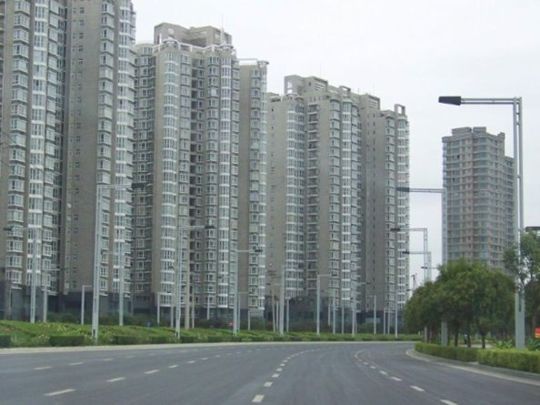 The Answer To China's Ghost Cities: Destroying Farm Production [Agenda 21] By Forcing The Rural Chinese Into Newly Built $Consumer Based Urban Concentration Cities. THEN DEPOPULATION!  Chinese-ghost-towns-3