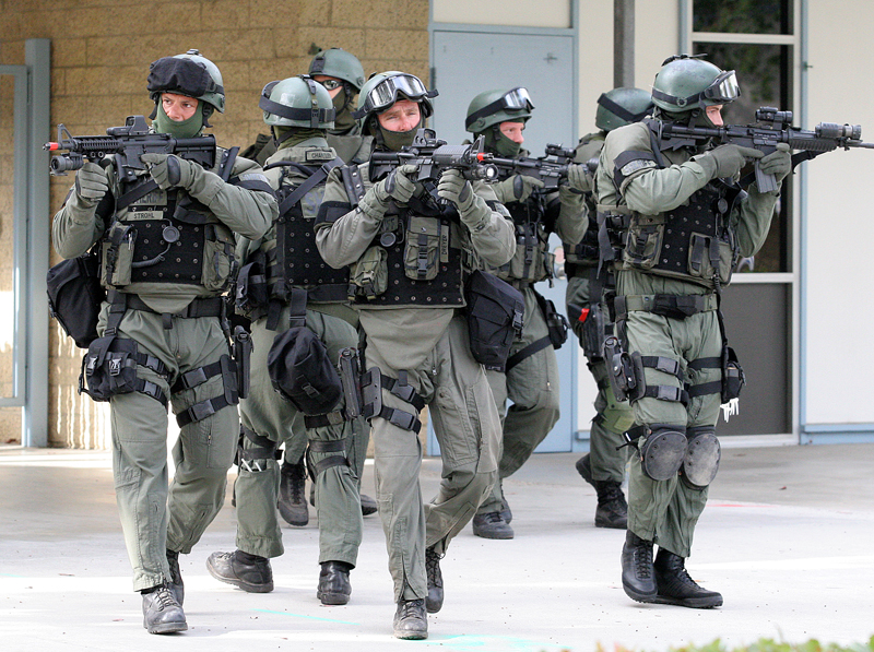 swat-team-at-abraxas_145001