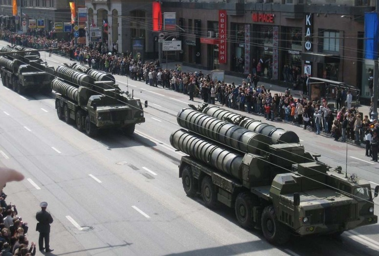 RUSSIA'S YAKHONT SHORE TO SEA MISSILES INTO SYRIA.