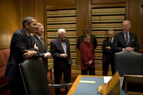 This photograph released by the Obama Transition Team shows US president-elect Barack Obama (L) and vice president-elect Joe Biden (R) with Justices during a visit to the US Supreme Court January 14, 2009 in Washington, DC. From left are: Obama, Chief Justice John Roberts Jr., John Paul Stevens, Ruth Bader Ginsburg, Clarence Thomas, David Souter and Biden.    AFP PHOTO / Obama Transition Team / Pete SOUZA    == RESTRICTED TO EDITORIAL USE / GETTY OUT == (Photo credit should read Pete SOUZA/AFP/Getty Images)