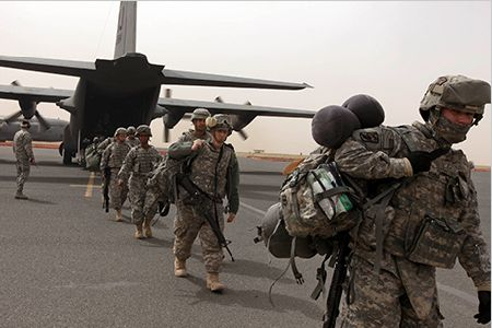 US-troops-arrive-in-Kuwait