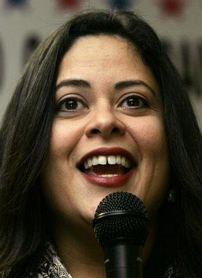 Maya Soetoro Is Obama's 1/2 Sister.
