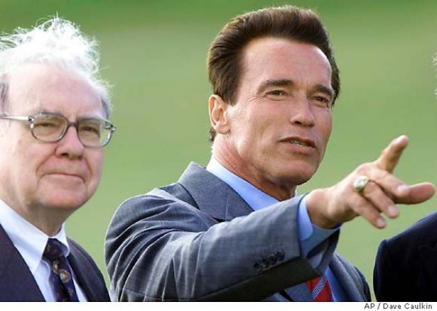 San Francisco Chronicle ~  Cropped Photo Of Buffett & Schwarzenneger & Jacob Rothschild 2003.