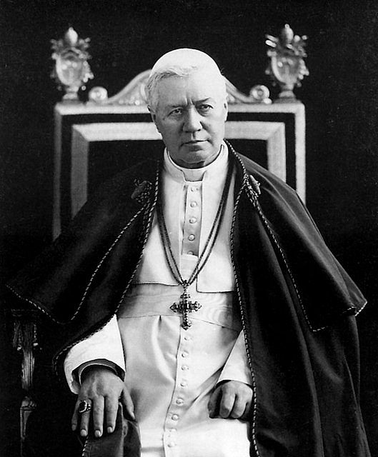 Pope Pius X  4 August 1903 – 20 August 1914 (11 years, 16 days) was the first Pope canonized since St. Pius V in 1672.