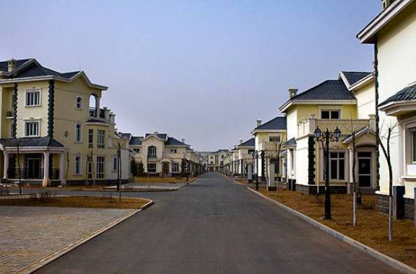 The Answer To China's Ghost Cities: Destroying Farm Production [Agenda 21] By Forcing The Rural Chinese Into Newly Built $Consumer Based Urban Concentration Cities. THEN DEPOPULATION!  Kangbashi-city-without-people-1