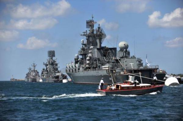 The Russian missile cruiser Smetlivy. Protecting Syria