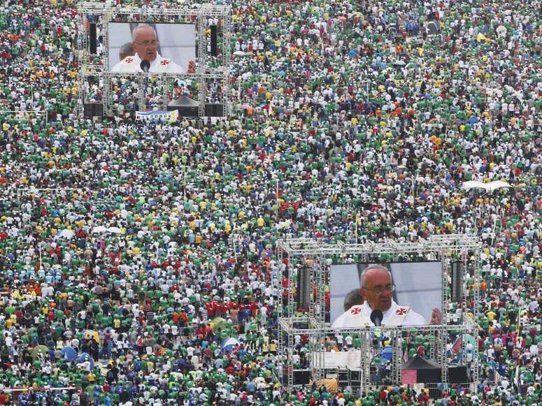 Pope Francis Speaks To Three million people who have gathered on Rio beach for mass.