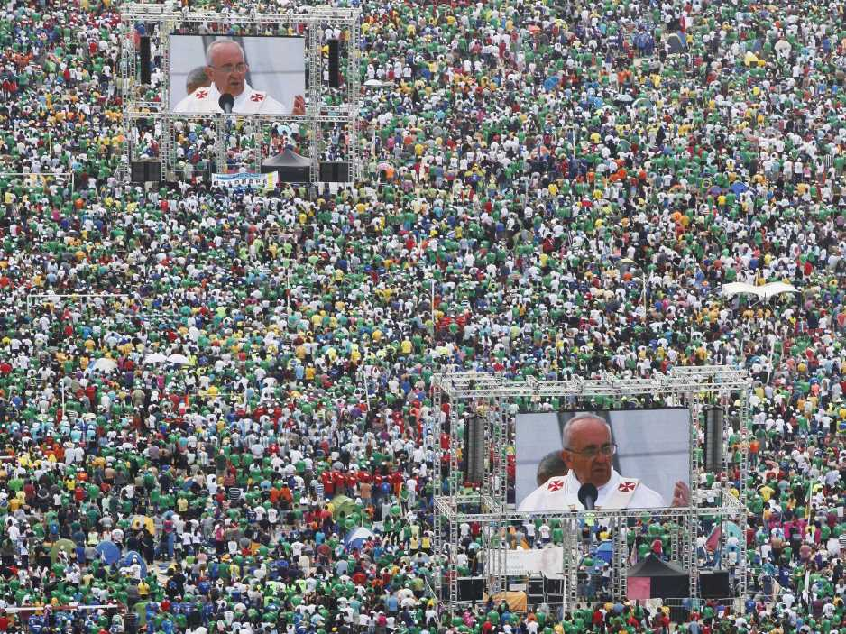 Pope Francis: Antitrust Money Hoarding ~ Urged The Unemployed To Fight For Work.  Pope-francis-celebrates-mass-with-3-million-people-on-copacabana-beach-in-rio-photos